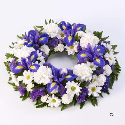 Mixed Wreath Blue and White